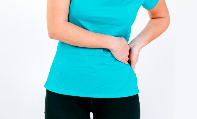 Dor feminina no abdome inferior e pernas direita